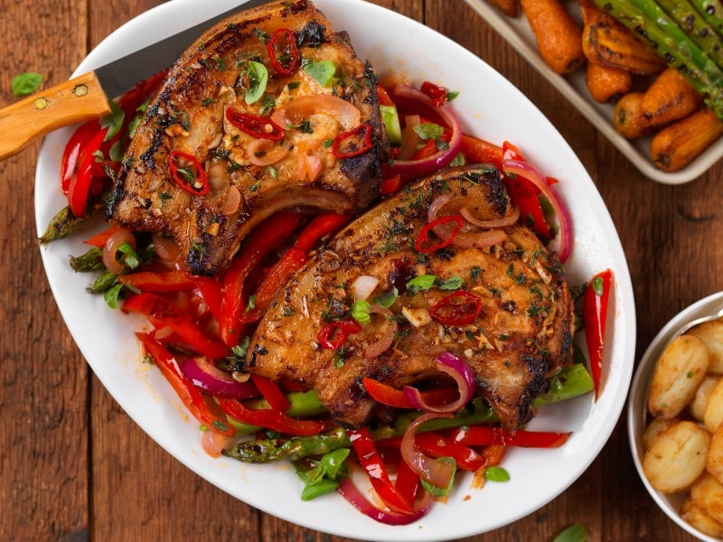 Pork Chops with Sweet Chilli Peppers