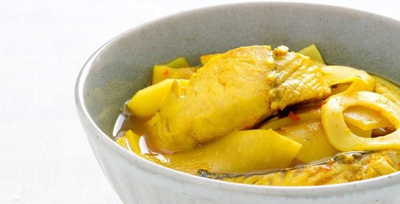 แกงเหลืองหน่อไม้ดองปลา