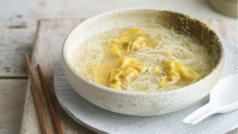 Chicken & Sweetcorn Dumpling Soup