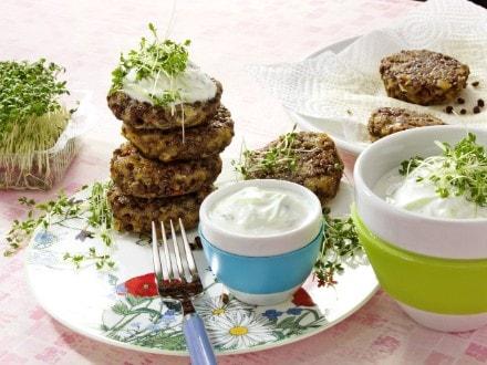 Knorr - Linsenbratlinge mit Kresse-Tzatziki