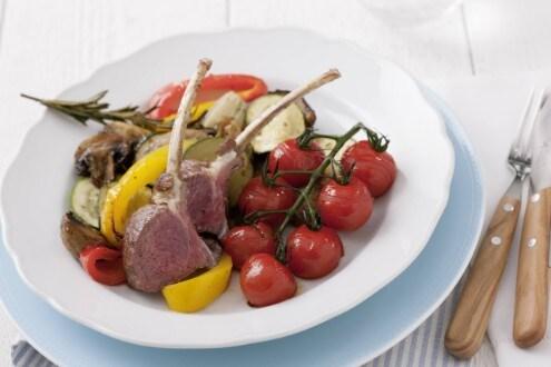 Knorr - Lammkarree mit mediterranem Gemüse