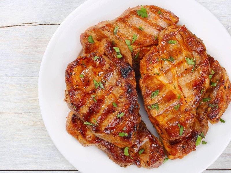 Thịt cốt lếch rim