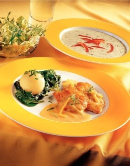 Knorr - Kleine Zitronen-Rahm-Schnitzerl mit Lauch und Wurzelgemüse
