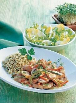 Knorr - Puten-Pfandl mit Karotten, Essiggurkerl und Champignons