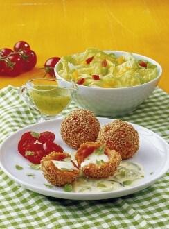 Knorr - Tomaten-Mozzarellaknödel auf Zucchini-Käsesauce