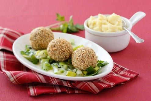 Knorr - Sesam-Fleischbällchen mit Gemüse und Kräutersauce