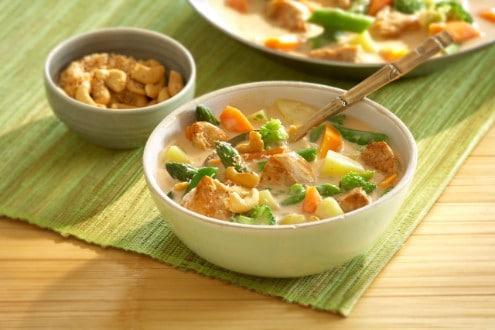 Knorr - Buntes Spargel-Curry mit Karotten, Kartoffeln und Hühnchen