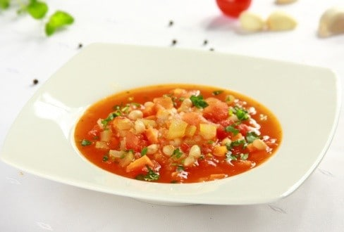 Knorr - Tomatensuppe mit Bohnen und Speck