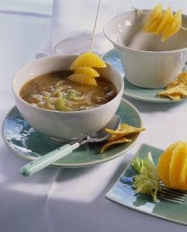 Knorr - Ingwer-Zwiebelsuppe mit Orangenfilets