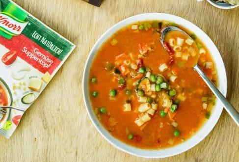 Knorr - Gemüse-Suppentopf mit Käsegebäck