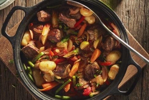 Knorr - Sommerliches One Pot Rinderragout