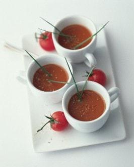 Knorr - Tomato Shot mit Schnittlauch