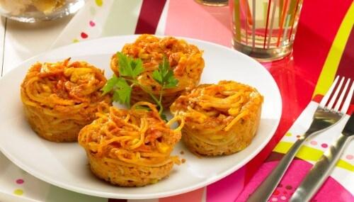 Knorr - Seefahrer Muffins mit Spaghetti, Rüebli und Mais