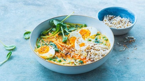 Curry de légumes aux œufs