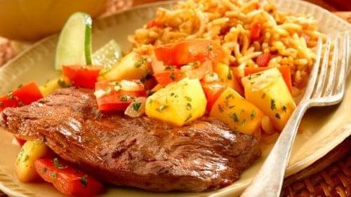 Chipotle Seasoned Skirt Steak with Warm Mango Salsa