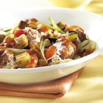 Tagliatelle met kruidige gehaktballetjes en aubergine