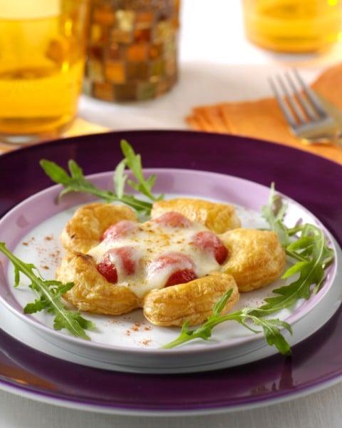 Taartje van geconfijte tomaat en mozzarella