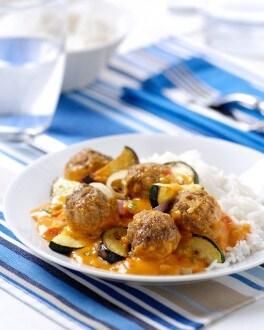 Boulettes provençales accompagnées de riz