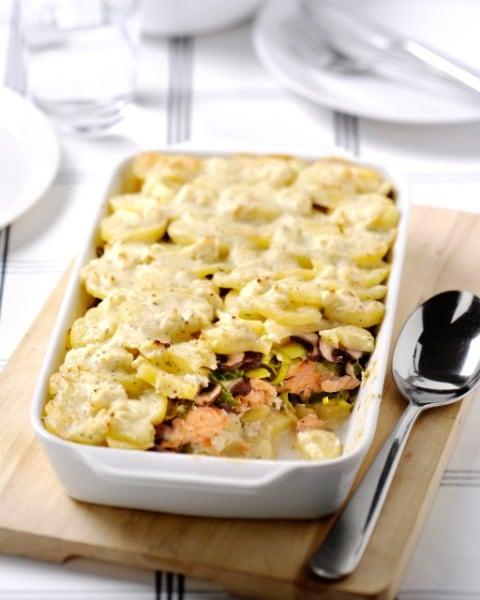 Assiette crémeuse de pommes de terre au saumon