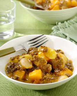 Kalfsstoofpot met pompoen, appel en linzen
