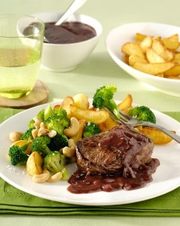 Steak sauce au porto et broccoli au noix de cajou