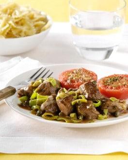 Steak de boeuf à l'italienne aux poireaux et aux câpres