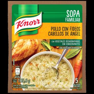 Sopa Clara Tipo Casera de Pollo con Cabellos de Angel