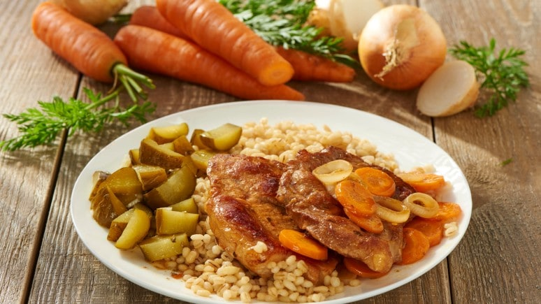 Pork Chops with Onion