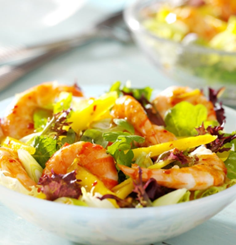Summer recipe chilli prawns mango