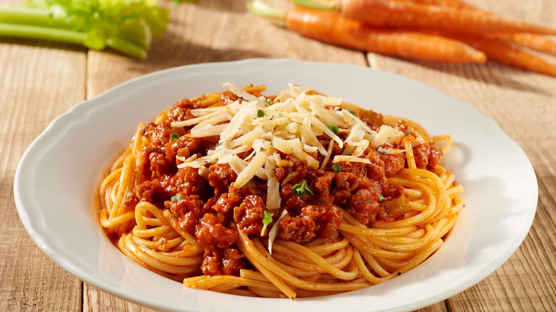 spaghetti bolognese hier gibt s die rezepte knorr. Black Bedroom Furniture Sets. Home Design Ideas